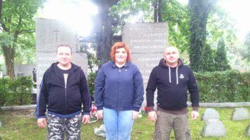 Katowice: Sprzątanie pomników Bohaterów