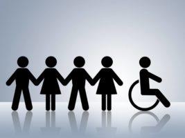 Monika Dębek: Osoby niepełnosprawne a społeczeństwo