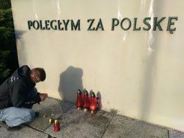 Bielsko – Biała: Sprzątanie pomników poległych